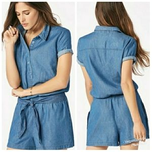 JustFab   Chambray Belted Shorts Romper (Size XL)